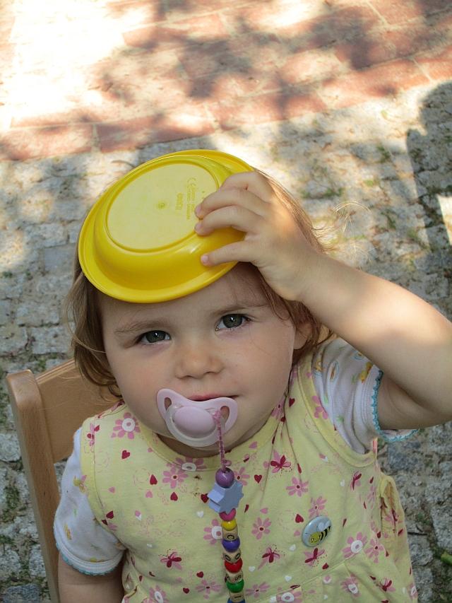 Ein gelber Hut hat keine drei Ecken